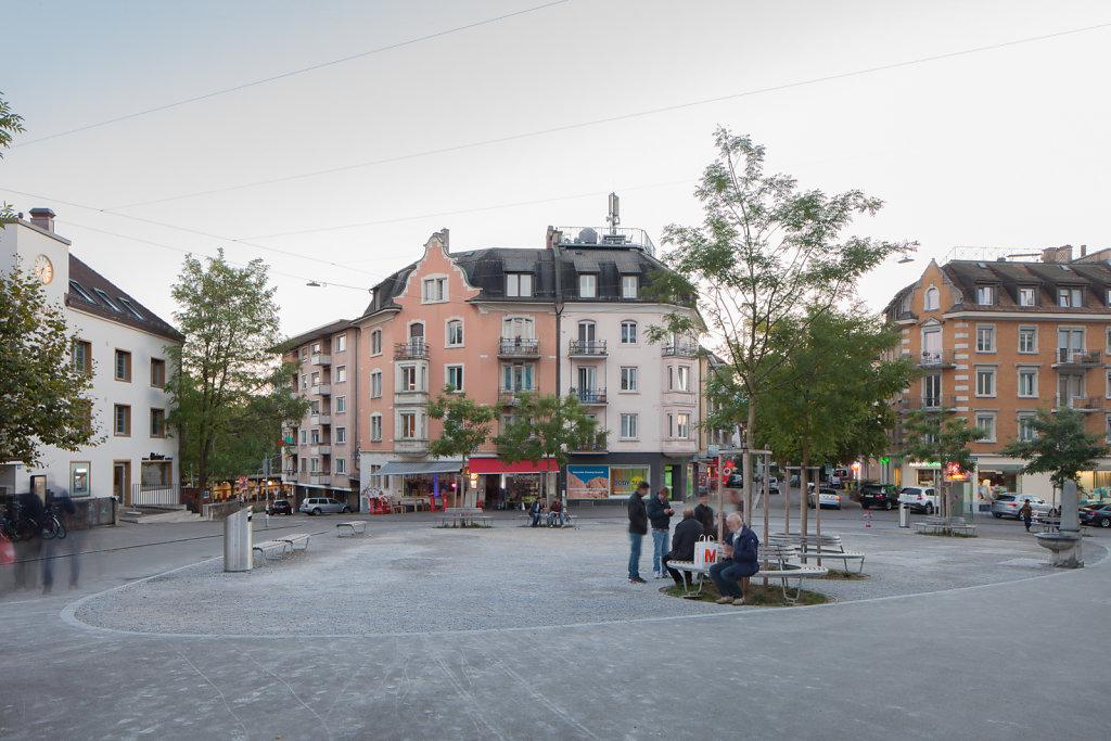 Röschibachplatz, Zürich